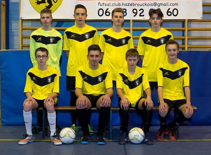 L'équipe jeune du Futsal Club Hazebrouckois