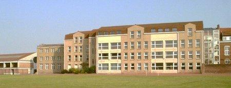 Lycée d'enseignement général et technologique Saint-Jacques