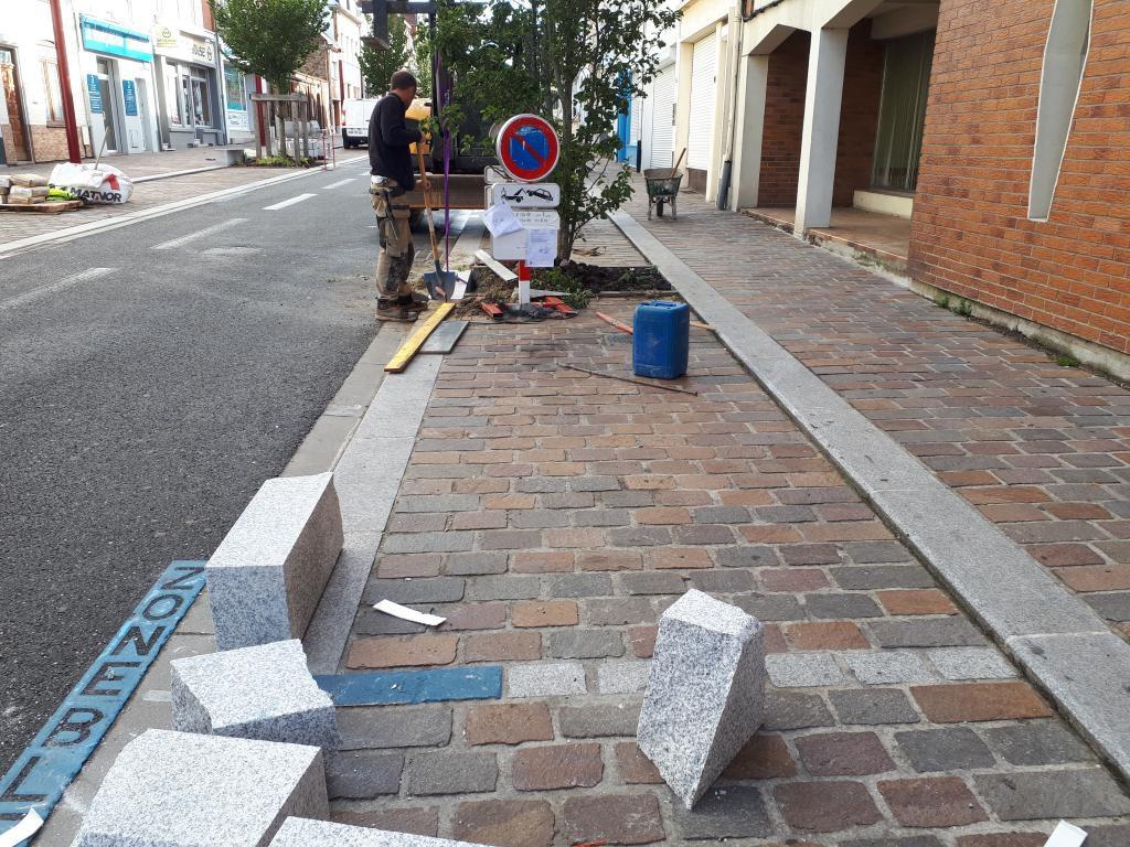 La rue Nationale dit adieu à ses bordures