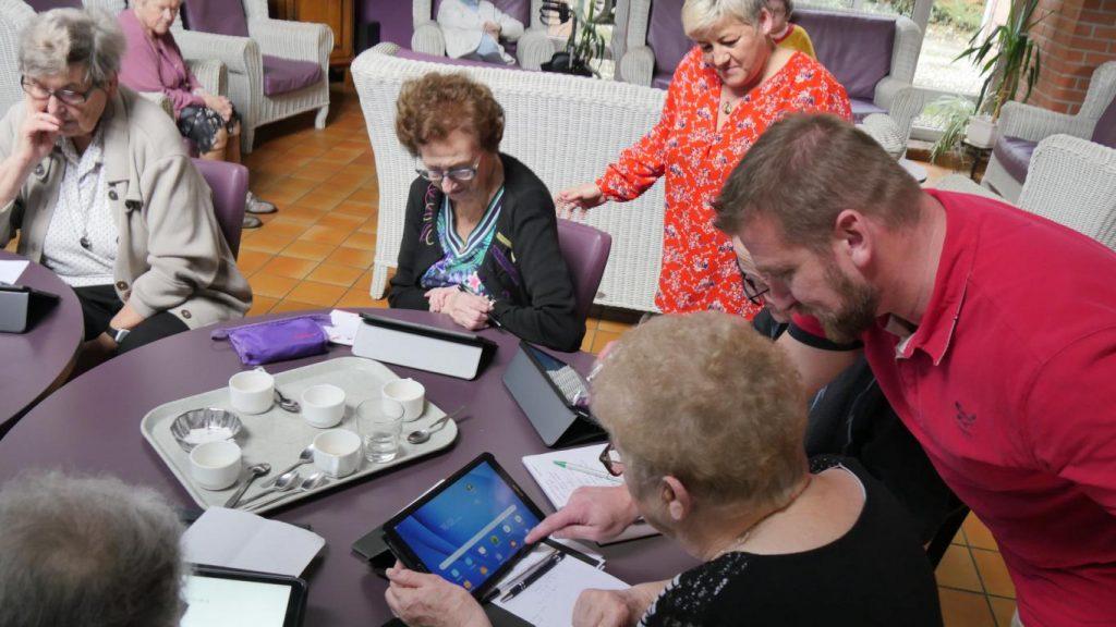 Ateliers numériques : des seniors 2.0